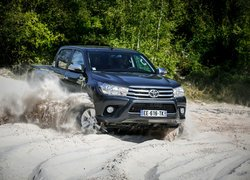 Toyota Hilux Double Cab 4x4, 2016